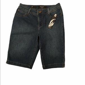 ⚠️NWT⚠️Nine West Bermuda Jean Shorts. Sz 4.